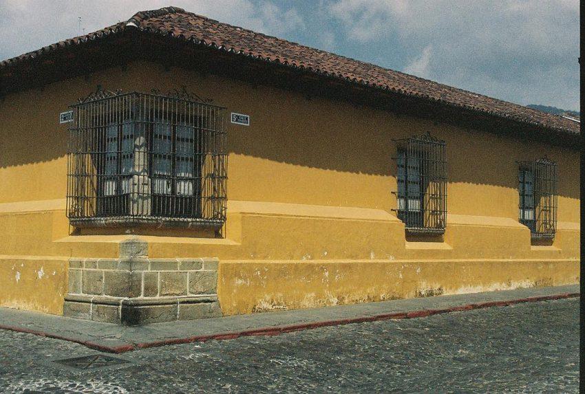 Colored walls of Antigua
