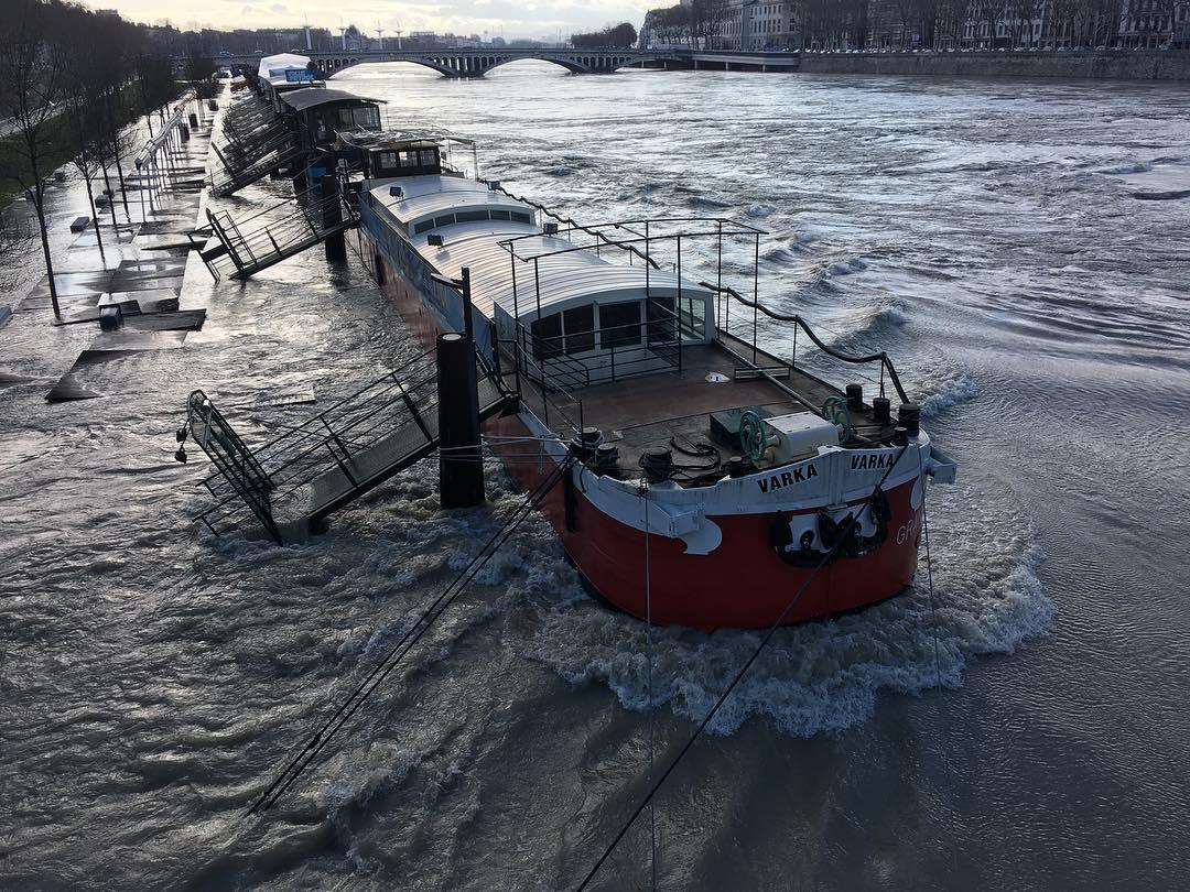 Crue du Rhône à Lyon